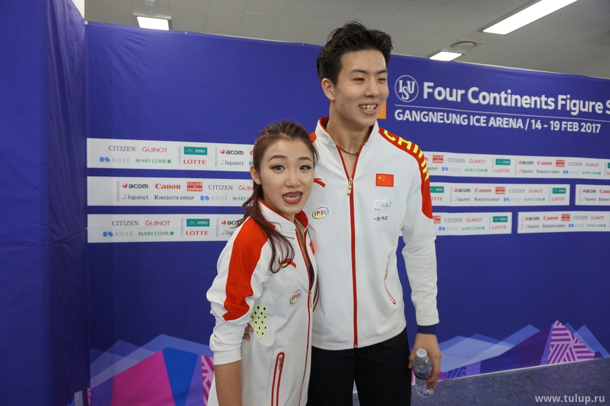 Ван Шиюэ — Лю Синью разрываются между камерами skatingchina.com и tulup.ru