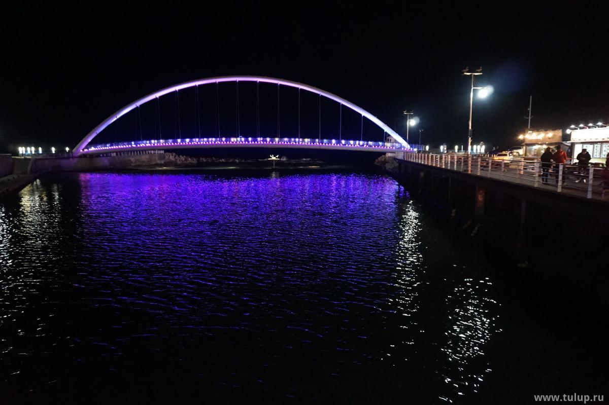 Мост через реку и залив