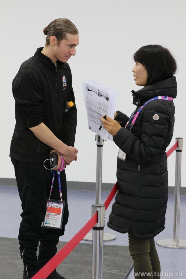 Джейсон Браун дает интервью по-японски