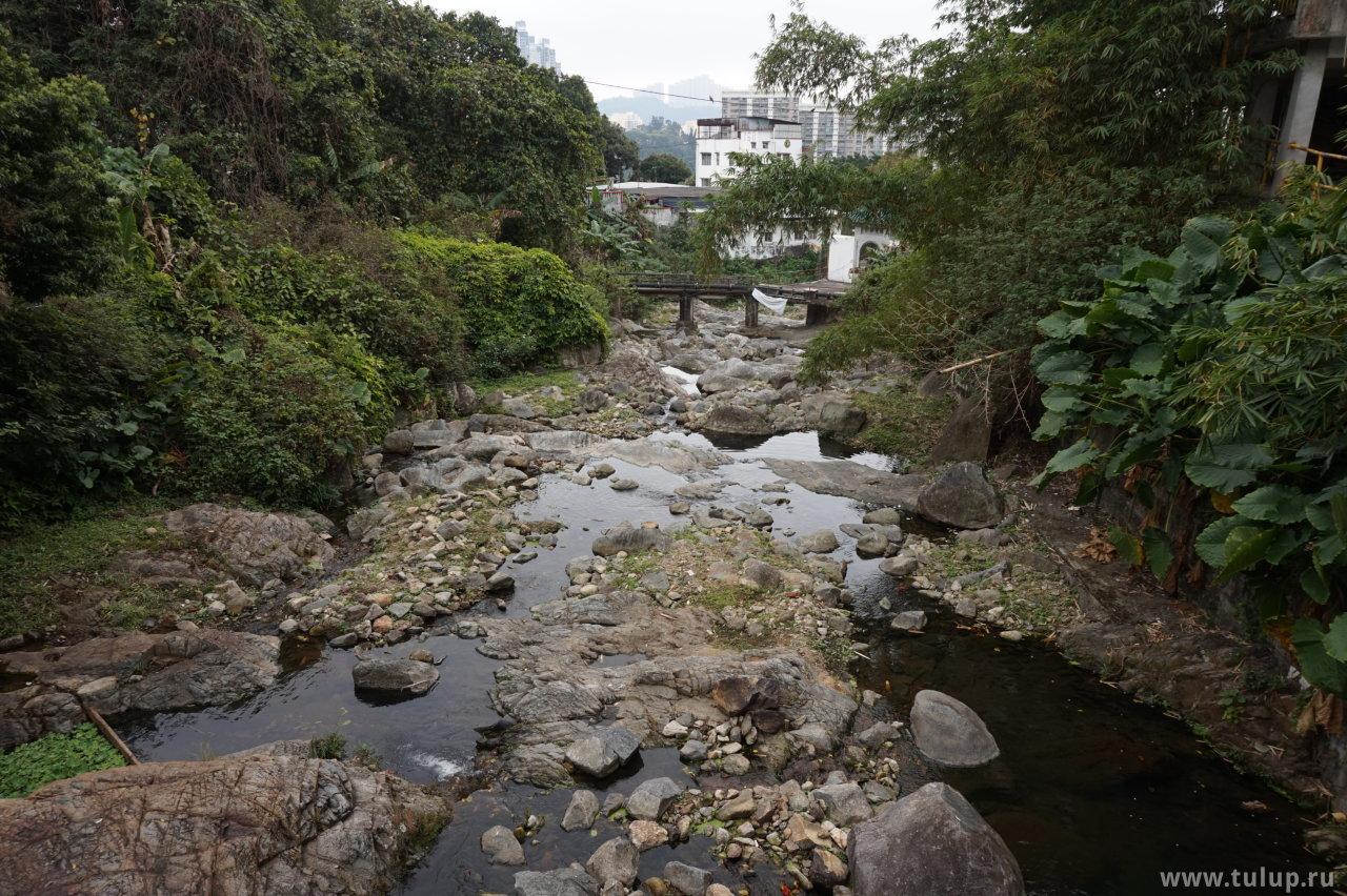 Мост через горный поток на секретном пути к Юань Сюань