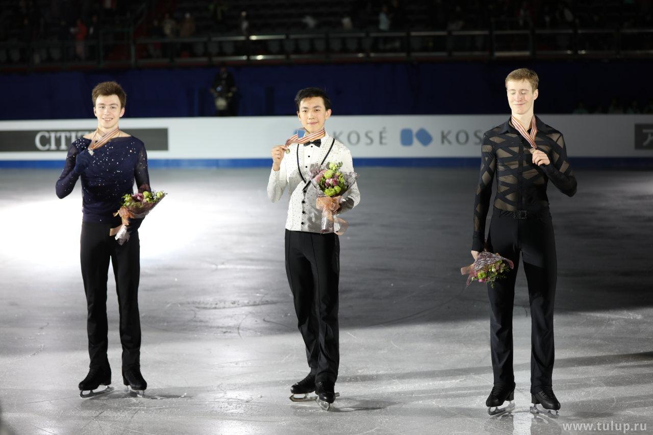 Vincent Zhou, Dmitry Aliev, Alexander Samarin