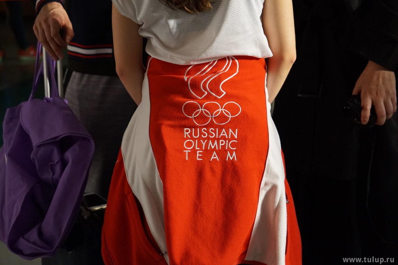 Russian Olympic Team лого на Анастасии