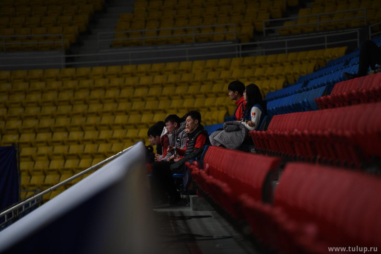Китайские парники откатались и смотрят на вайгуоженей