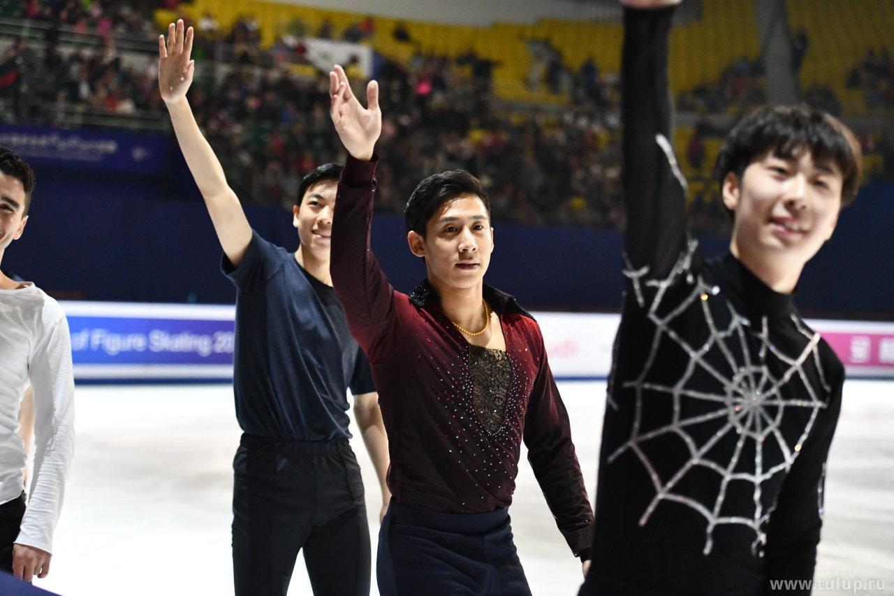 Jin Boyang, Cong Han, Zhou Zhifang и половина Макса Аарона