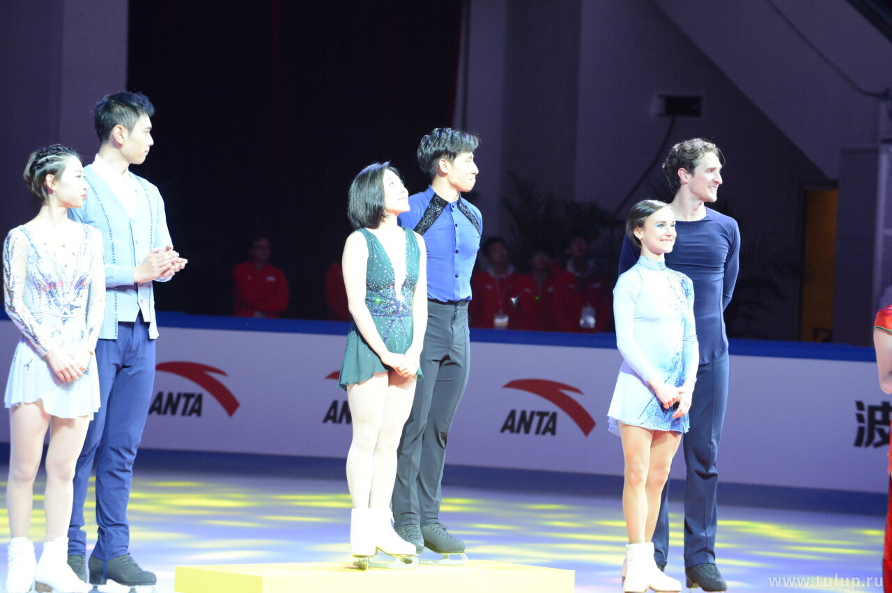Cup of China 2019 pair medalists