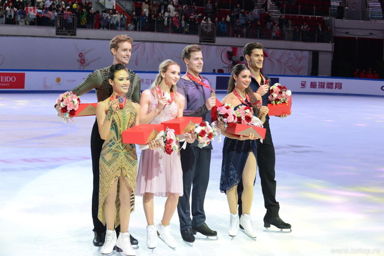 Ice dance medalist